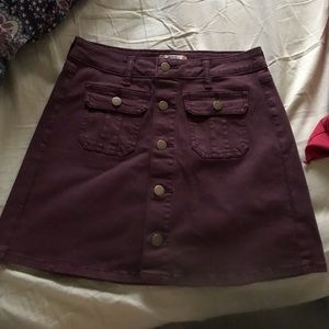 NWOT XS / S Maroon / Burgundy soft denim skirt